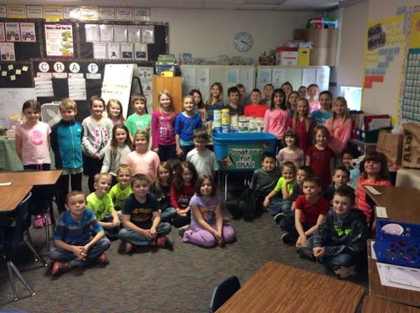 2nd Graders Donate - Palms Elementary