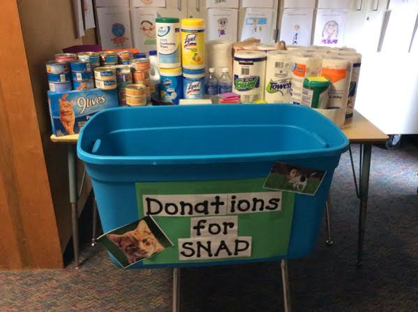 2nd Graders Donate - Palms Elementary2